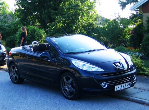 Service af Peugeot på autoriseret værksted og ESP / ASR System Fault